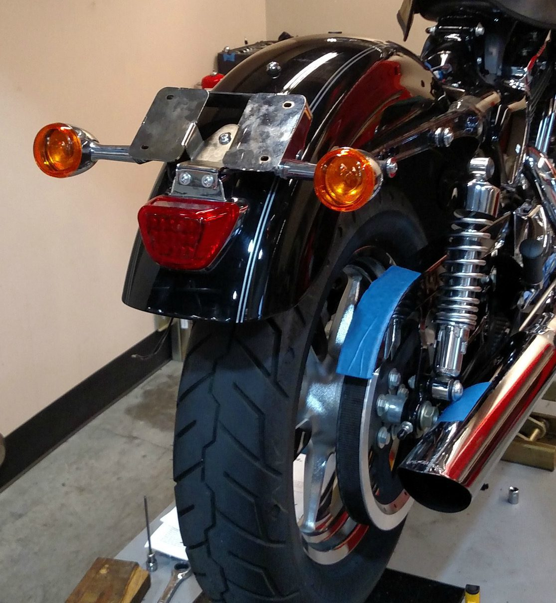 Turn signal relocation kit for Sportster XL1200C